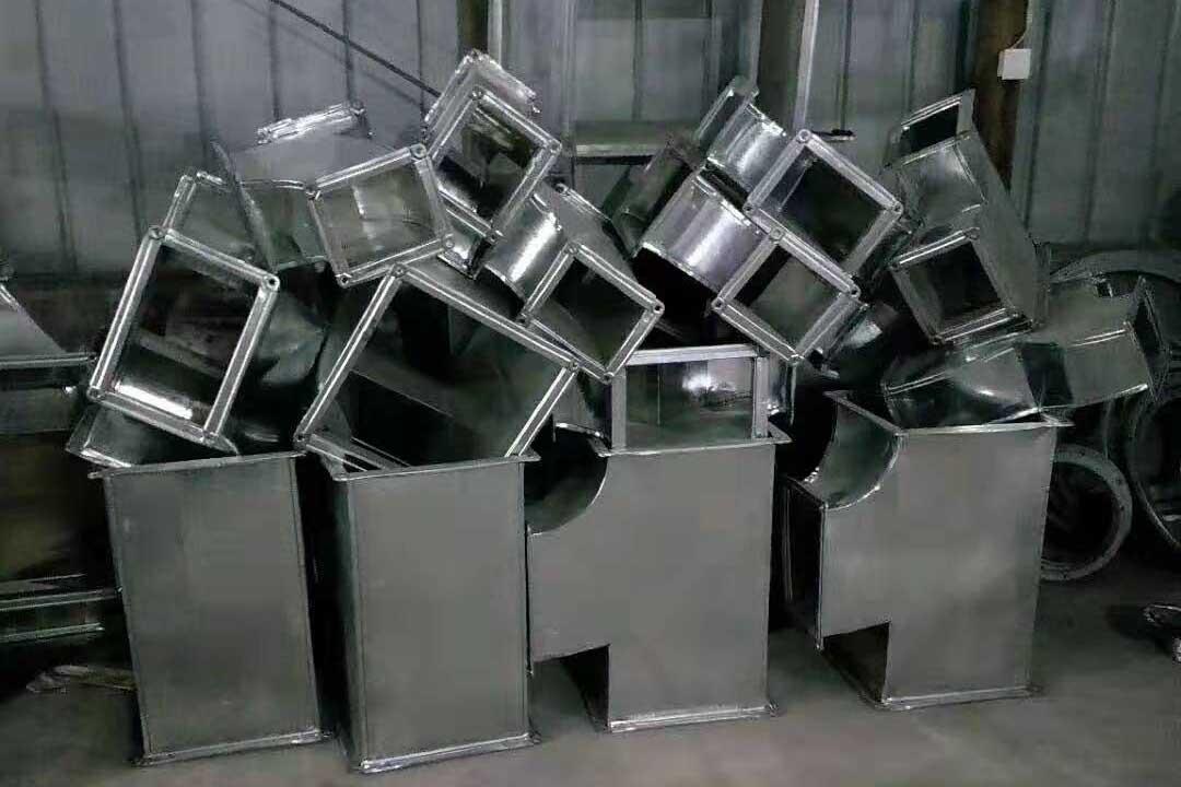 厨房排烟设备堆放区域