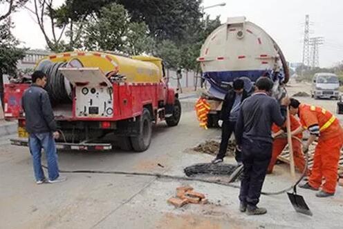 呼和浩特管道疏通施工现场