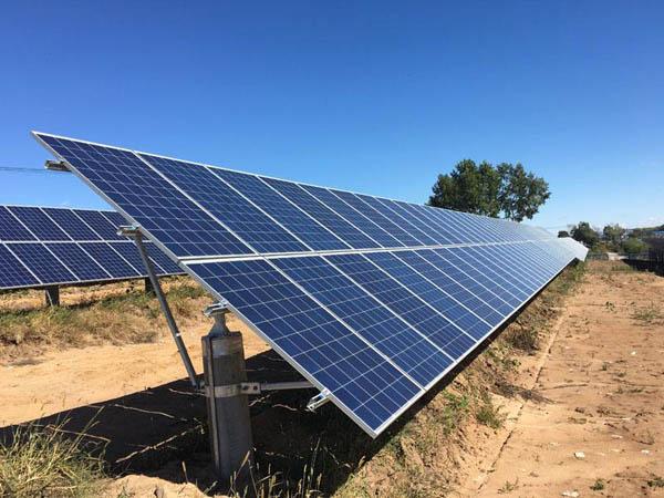 光伏太阳能太阳板如何清洗