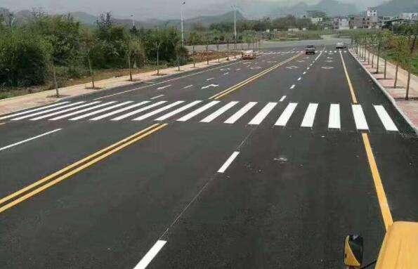 道路划线施工的步骤有哪些?对施工有哪些帮助