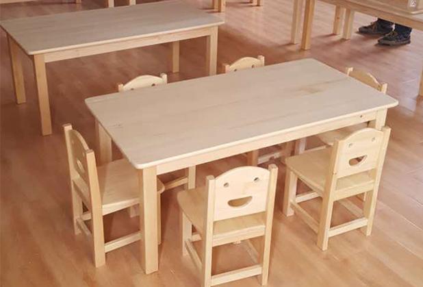 博用告诉你如何选择成都幼儿桌椅