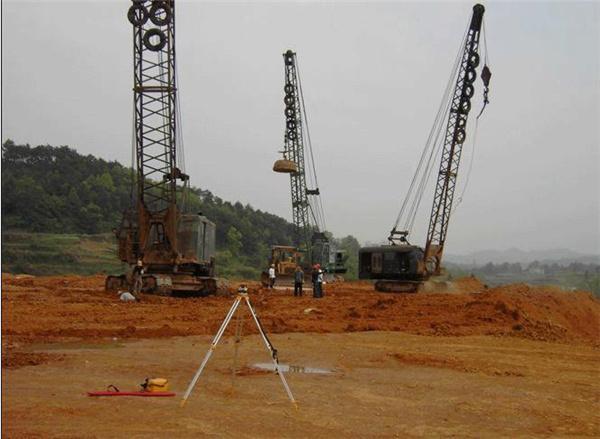影响强夯地基整体施工报价的因素有哪几个?