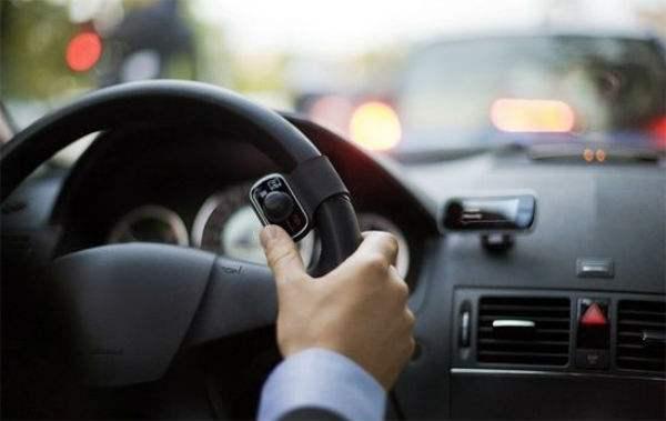 花都全球汽车服务公司告诉你为什么停车方向盘要回正