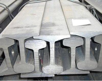成都城市轨道钢弹簧浮置板减振轨道施工工艺