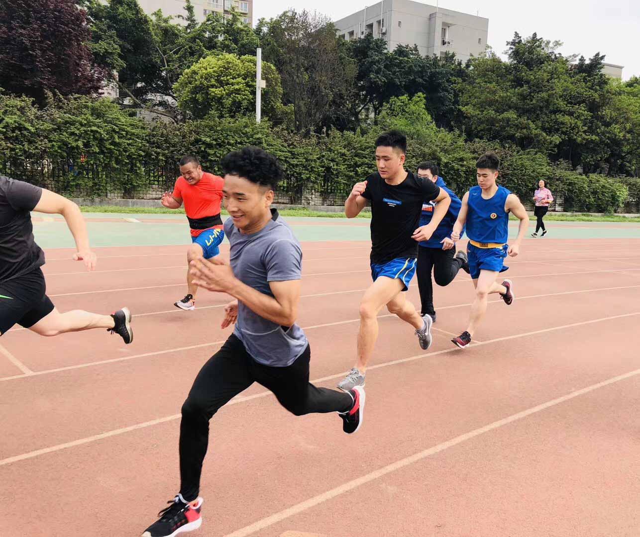 田径短跑训练