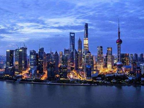 中国坚定不移扩大开放 持续深化与各国的合作共赢