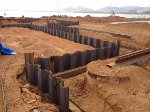钢板桩施工常见的现象问题及预防措施