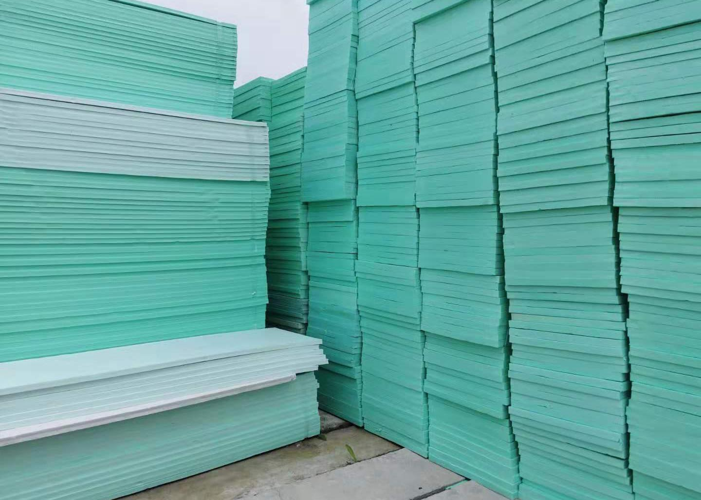 成都挤塑板是如何做好保温隔热功能的?