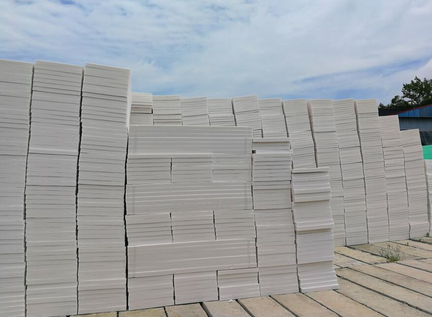 成都挤塑板生产厂家