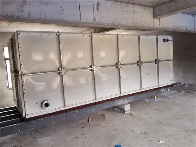 西安玻璃钢水箱1