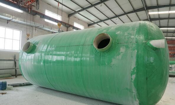 玻璃钢沉砂池运行中有哪些注意事项?西安玻璃钢化粪池厂家给我们详解!