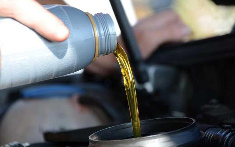 如何判断工业油中机油的含水量?
