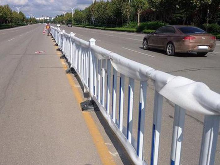 交通设施对道路有什么重要作用,你知道吗?