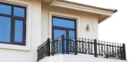 锌钢阳台护栏不易生锈,你知道为什么吗?