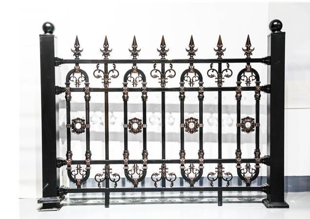 铝艺围墙护栏的工艺特点与安装讲究的介绍