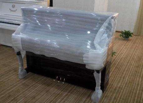 襄阳红运告诉您关于搬运钢琴时的六点需要注意的事项