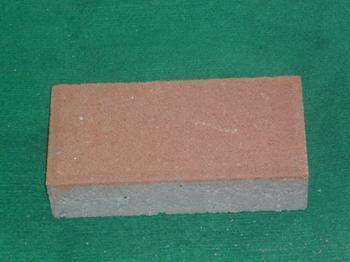 哪些因素会影响到宜昌荷兰砖的路面铺设效果?知道这几点,帮助您路面铺设的更好