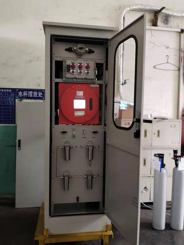 陜西省焦化廠防爆型測氧在線分析系統安裝調試現場