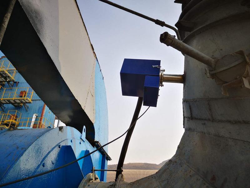 水泥厂煤粉仓测CO和O2 一拖二安装现场