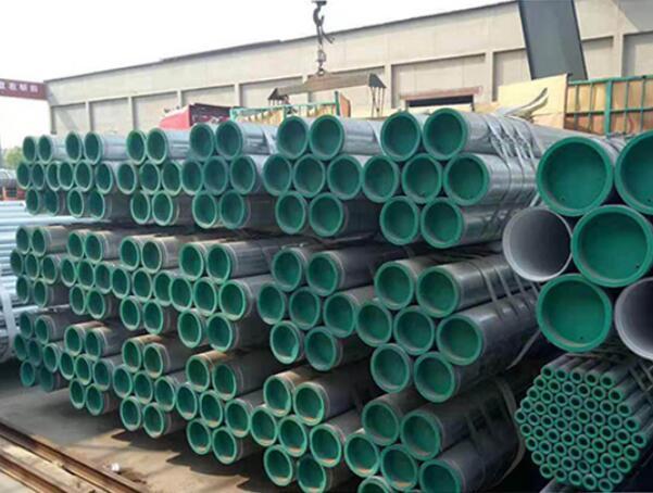 鋼塑複合管堆放區