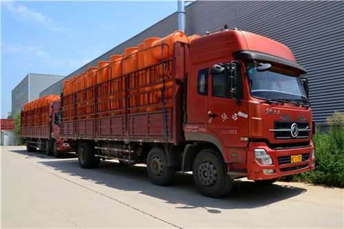 陕西中特塑料容器的运输团队