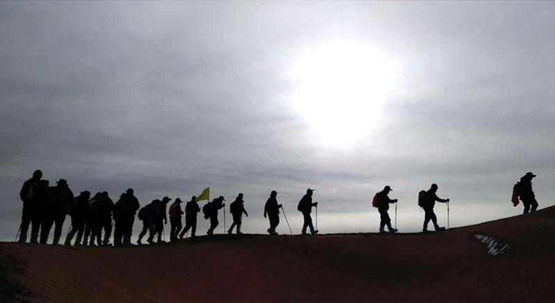 沙坡头徒步露营之—雨后如果出去野营注意雨后皮肤病
