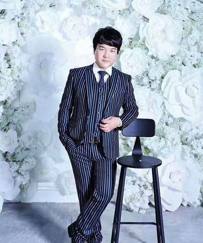 李峰-声乐专业教师