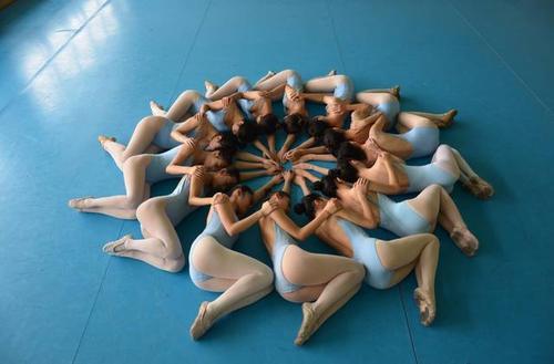 练习舞蹈的艺考生需要具备的素养