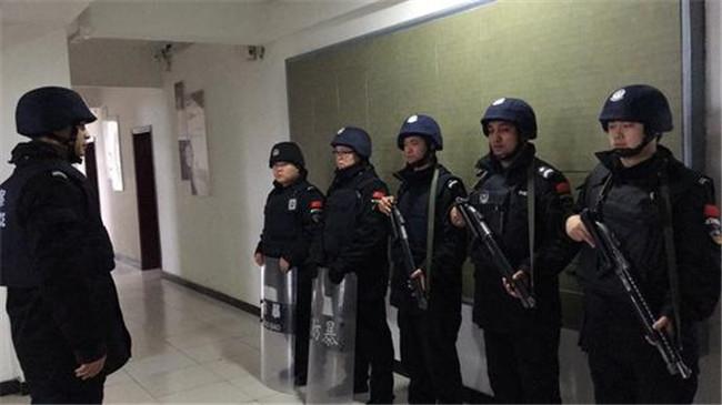 保安人员在自我防卫时应注意的问题