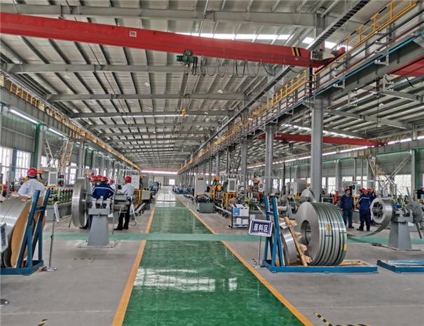 新兴铸管PSP钢塑管生产车间展示