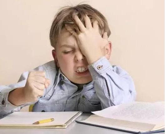 孩子不能专心做作业,做作业拖拉怎么办?
