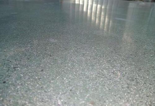 成都金刚砂耐磨地坪如何保养和维护