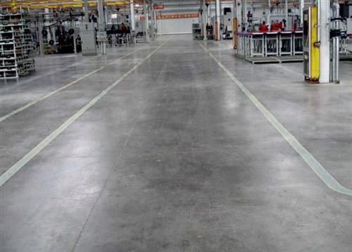 要想地坪效果好,成都金刚砂耐磨地坪工艺不能忽视
