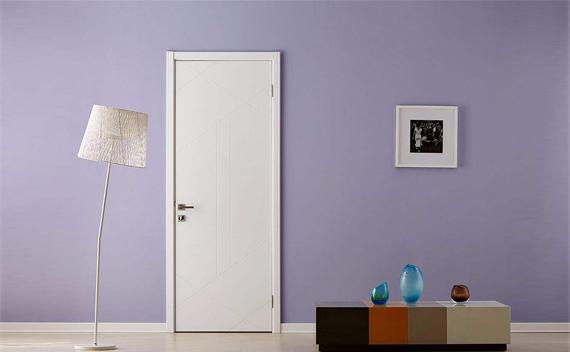 实木门表面为什么还需要上漆有哪些好处呢