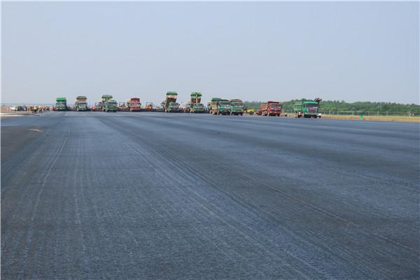 武汉天河机场的修建