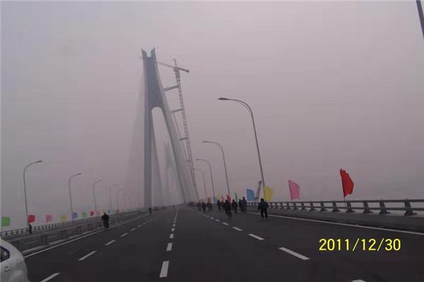 鄂黄高速施工完成