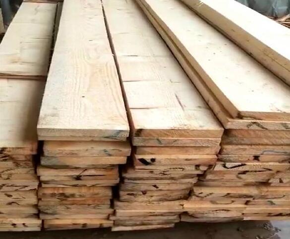 木材加工现场