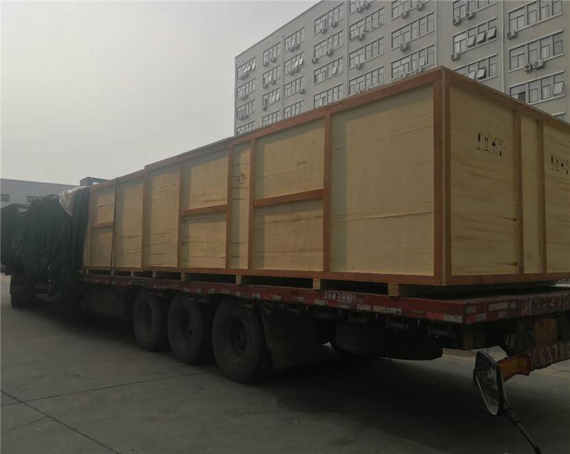 河南驻马店啤酒厂木箱包装开始送货