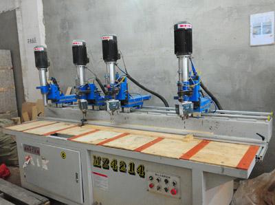兰州万盛木材加工厂胶合卡板设备