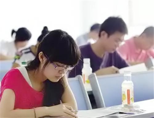 河南艺考文化课训练