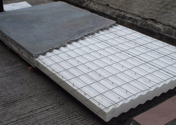 钢丝网架夹芯隔墙板