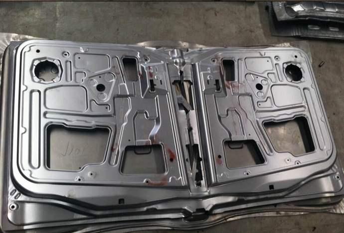 你了解冲压汽车车身覆盖件的一般加工工序是怎样的吗?快来看小编的分享