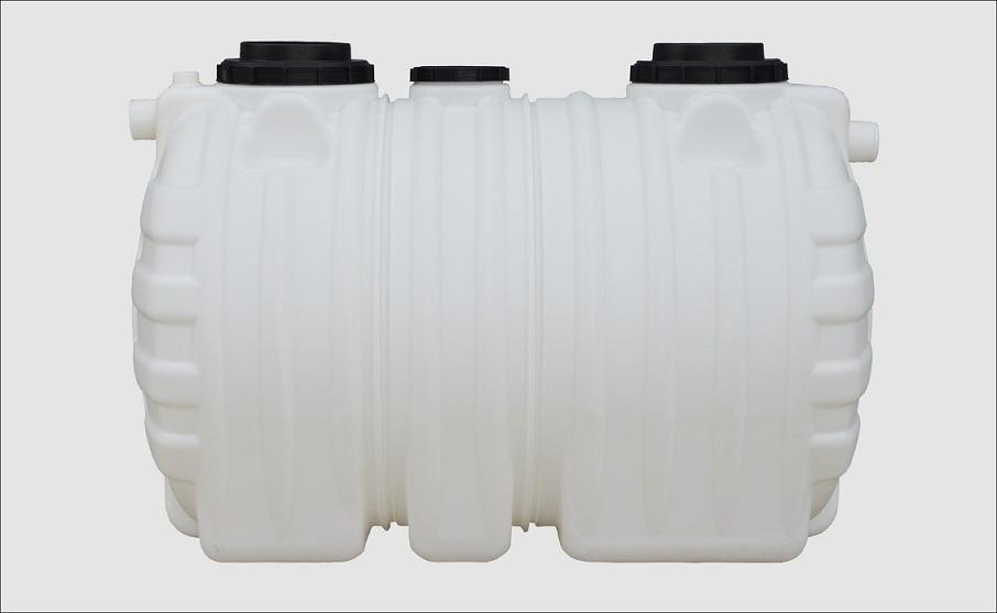 2.0立方PE整体式三格环保化粪池