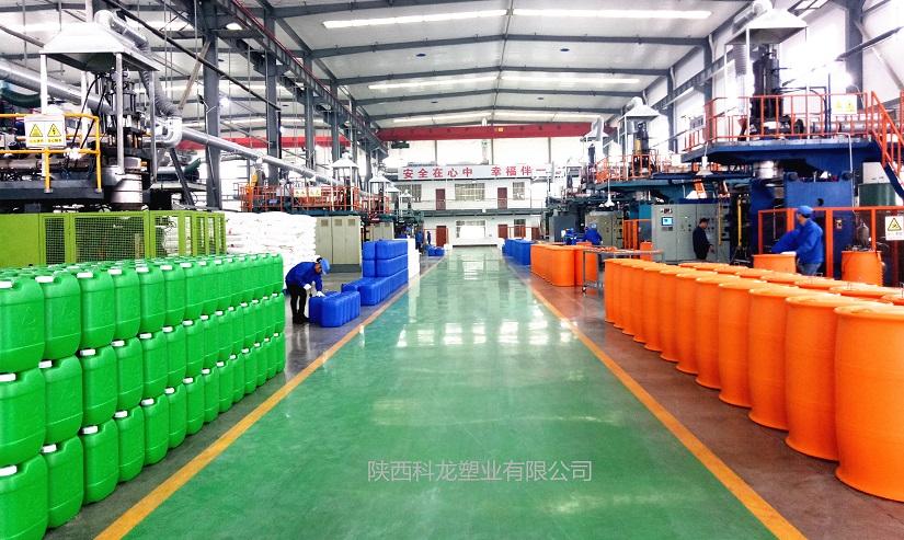 大型塑料容器制造