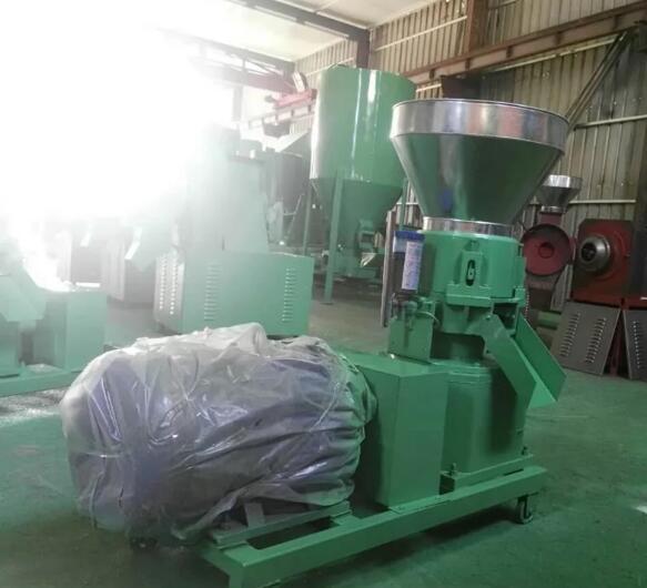 内蒙古养殖设备饲料设备产品