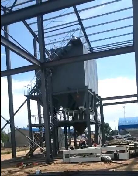 蒙牧安装粮食饲料加工设备安装施工现场