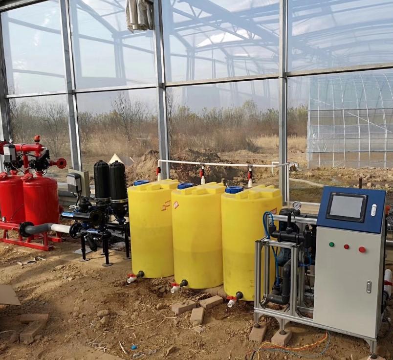 EC220智能水肥机