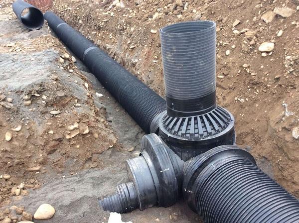 PE管与复合型管在市政道路排水中的应用