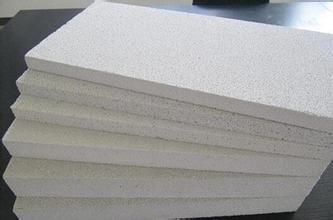为什么成都聚合聚苯板如此受欢迎?