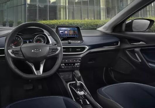 选择和购买汽车车窗膜的那些注意事项